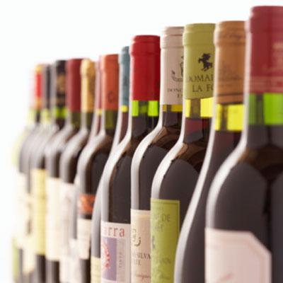 row-of-wine-bottles-xl21